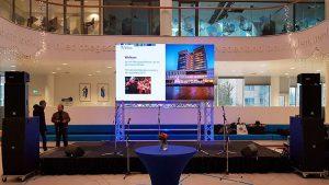 presentatie set g - led scherm geluid en licht in almelo